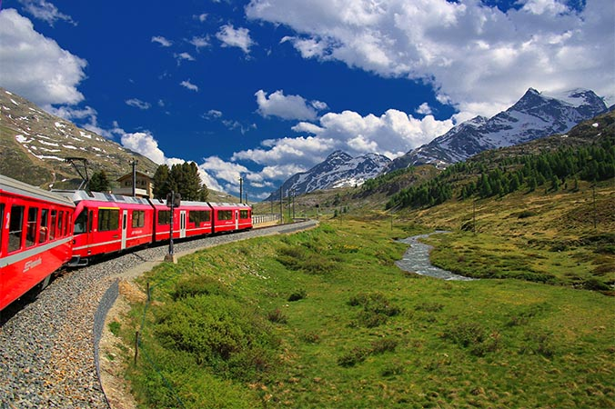 switzerland mountain train